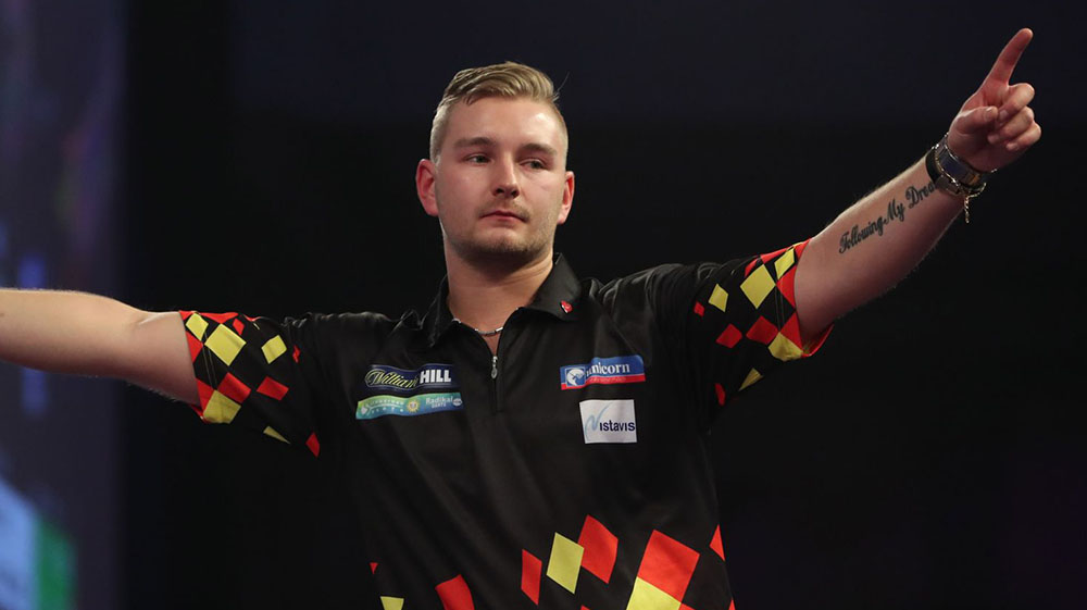 Dimitri van den Bergh wins the PDC World Youth Championship 2018