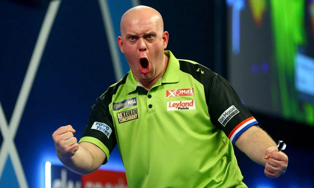 Michael van Gerwen wins the PDC Players Championship 11 2012