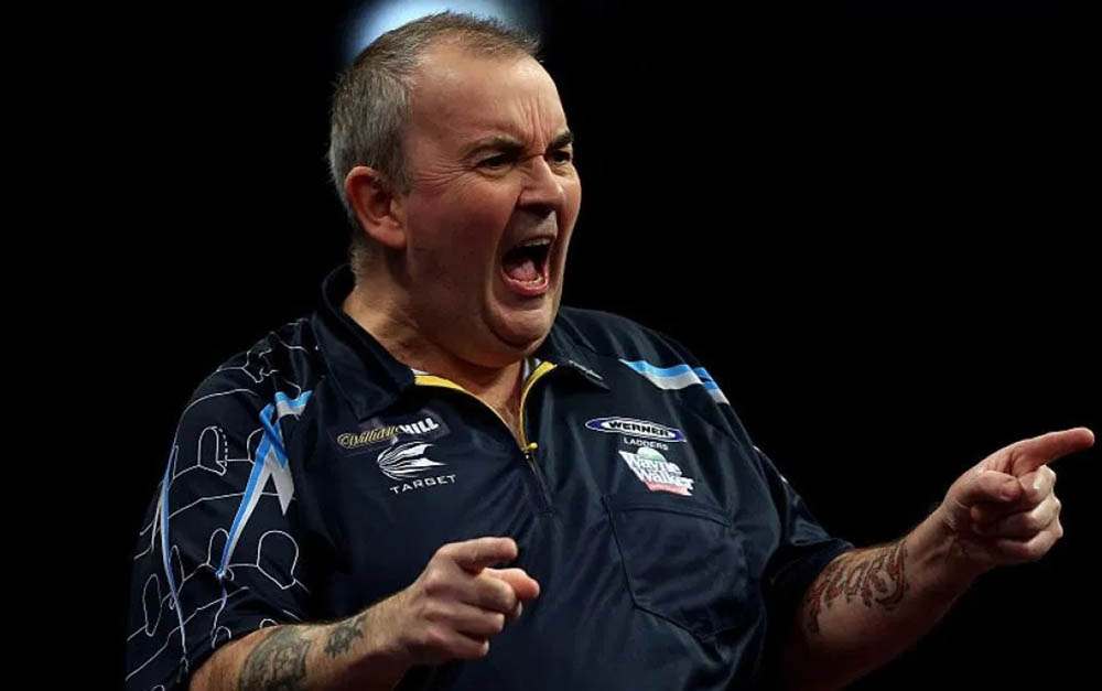 Phil Taylor wins the PDC UK Open NWest Regional 2008