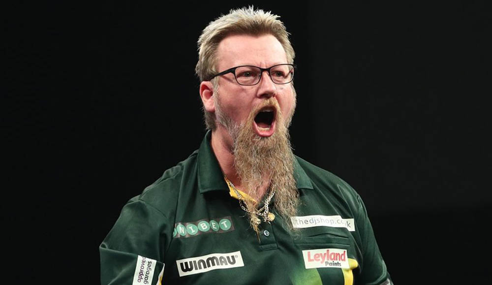 Simon Whitlock wins the PDC Players Championship 12 2014